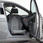 Swivel seat for car